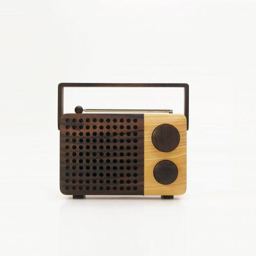 Design Spectrum 設計光譜 Exhibitors stories 設計師與創作故事 Personal Wooden Radio