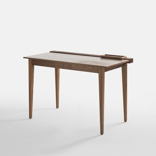 Design Spectrum 設計光譜 Exhibitors stories 設計師與創作故事 Slide Desk by Moe Redish for Joined andJointed