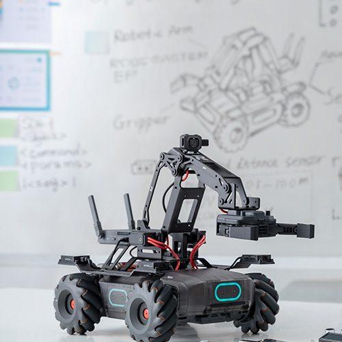Design Spectrum 設計光譜 Exhibitors stories 設計師與創作故事 RoboMaster EP